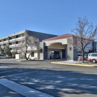 Ramada by Wyndham Albuquerque Midtown, hotel in Albuquerque
