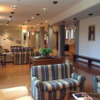 Ospitalità San Tommaso d'Aquino, hotel en Bolonia