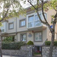 Pensión Zumardi, hotel in Deba
