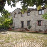 Il Giardino Degli Ulivi, hotell i Castelraimondo