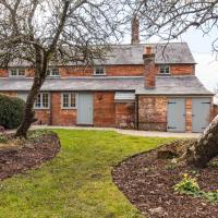 Wimborne Minster Villa Sleeps 6 WiFi