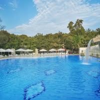 Hotel Forest Beach, hotel in Primorsko