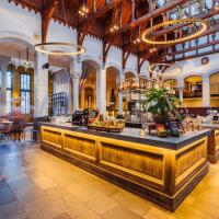 Post-Plaza Hotel & Grand Café, hotel in Leeuwarden