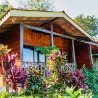 Heliconias Rainforest Lodge, hotel en Bijagua