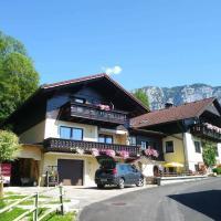 Ferien im HAUS HELGA in Steinbach am Attersee, hotel in Steinbach am Attersee