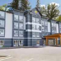 Microtel Inn & Suites by Wyndham Oyster Bay Ladysmith, hotel near Nanaimo Airport - YCD, Ladysmith