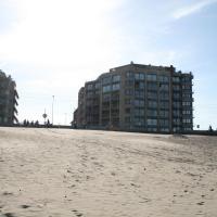 Appartement met frontaal zeezicht, hotel dicht bij: Internationale luchthaven Oostende-Brugge - OST, Oostende