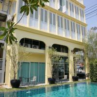 Latima Boutique Hostel, hotel in Kanchanaburi City