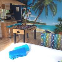 Merry Perry Studio Apartment