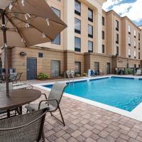 Hampton Inn & Suites Navarre, hotel in Navarre