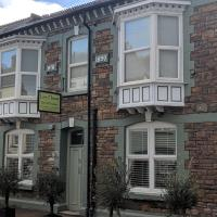 Lion House Bed and Breakfast, hotel in Combe Martin