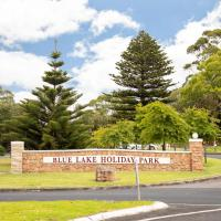 Blue Lake Holiday Park, hotel in Mount Gambier