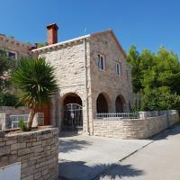 Villa Kety, hotel in Prigradica