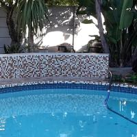 The Tuckers - Self Catering Flatlet, Bothasig, Cape Town