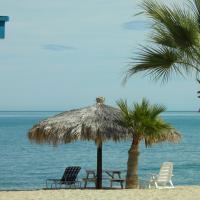 #52 Bungalow Seaside Hotel & Victors RV Park, hôtel à San Felipe