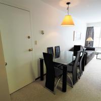 Apex Mountain Inn 1 Bdrm Suite 223-224 Condo, hotel em Keremeos