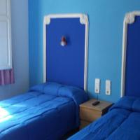 Hostal Porta de Ferro, hotel a Sant Boi del Llobregat