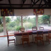 The Elephant Home, hotel in Katunguru