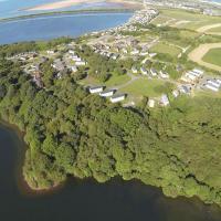 Port Haverigg Holiday Village, hotel in Millom