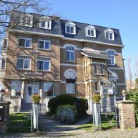 Hotel Bon Accueil, hotel in De Haan