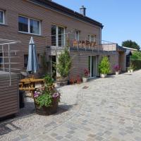 Burgseehof Residence de Vacances, hotel in Butgenbach
