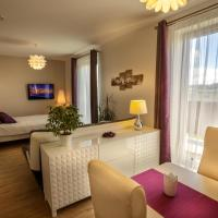 Luxurious, lovely and romantic apartment in Tabor, hotel in Tábor
