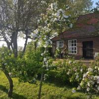 Beautiful Farmhouse in Veere with Open Fireplace, hotel in Veere