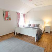Berry Cottage Croyde   4 Bedrooms / Sleeps 7-9 / Dog Friendly