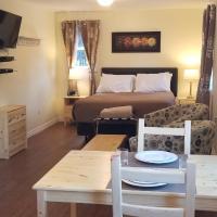 Mountainside Hideaway Cottage & Suites, hotel em North River Bridge
