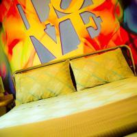 LOOVE HOTEL