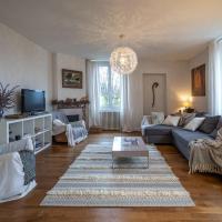 Bright airy spacious apartment