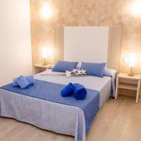 Apartamentos Maribel, hotel a Cala Blanca