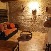 Il nido della rondine, appartamento nel borgo medievale, hotell i Cartoceto