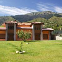 APARTAMENTOS CAMINO SANTO TORIBIO, hotel en Mieses