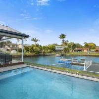 IDYLLIC WATER FRONT HOUSE, hotel in Gold Coast
