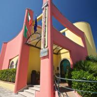 Lo Scacciapensieri Hotel & Restaurant, hotell i Monteroni di Lecce