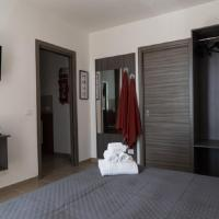 Coco'S Rooms, hotel in Bari Palese