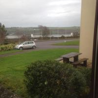 Mary Hillgrove Sea View 36 Carlton Village Golf Links Road Youghal Co Cork Ireland, hotel in Youghal