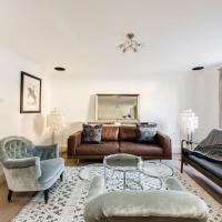 Idyllic mews apartment in fantastic location!