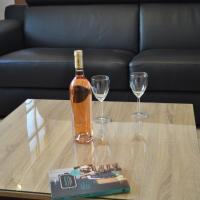 L'Orchidée à 18 minutes d'Eurexpo, hotel near Lyon - Saint Exupery Airport - LYS, Saint-Laurent-de-Mure