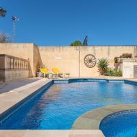 Mood Farmhouse Mythology, hotel in Għarb