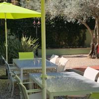 La Casa Verde, hotel a Olivella