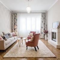 Luxurious design suite near the Danube