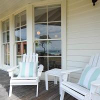 White Shell Cottage, hotel em Falmouth