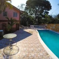 Gorgeous 6 BR house Bbq pool and relax- walk 2 beach