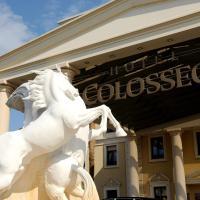 4-Sterne Superior Erlebnishotel Colosseo, Europa-Park Freizeitpark & Erlebnis-Resort, hotel in Rust