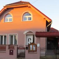 Penzion - Peri, Hotel in Hokovce
