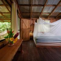 Finca Amistad Cacao Lodge, hotel en Bijagua