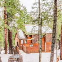 Woodland Chalet, hotel in Arnold