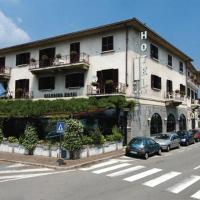 Hotel Giardino, hotell i Arona